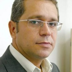 Valdiney Veloso Gouveia